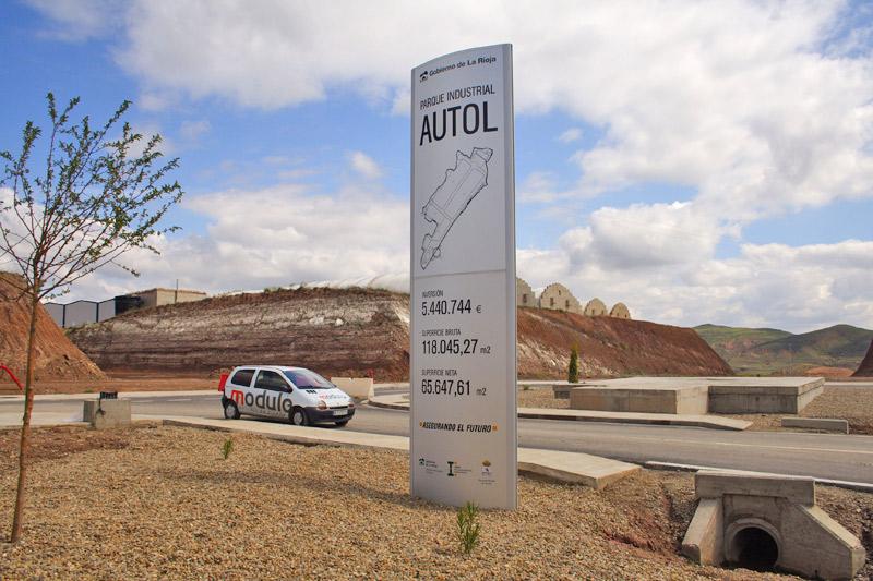 Monolito para polígono industrial en Autol